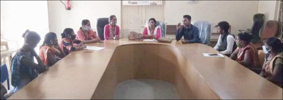 ડેડીયાપાડા તાલુકા પંચાયત હોલમાં મહિલા સામખ્ય, નર્મદા દ્ધારા રોજગાર તાલીમનું આયોજન