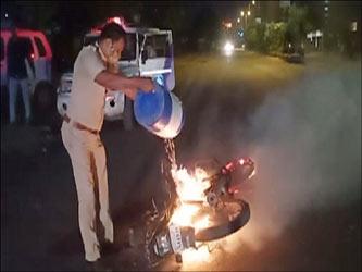 વડોદરામાં ઝાડેશ્વરનગરમાં જુથ અથડામણમાં ટોળાએ પોલીસ પર હુમલો કરતા ASI ઘાયલ