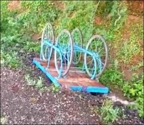 રાણપુરના પાળીયાદ રોડ પર અજાણ્યા વાહનની અડફેટે વૃદ્ધ દંપતીનું ઘટનાસ્થળે મોત