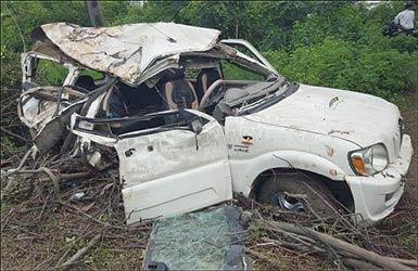 નેત્રંગના કંબોડીયા પાસે ગમખ્વાર અકસ્માત: કારમાં સવાર ત્રણ મહિલા સહીત 4 લોકોના મોત: એક ગંભીર