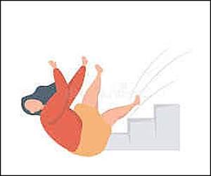 વડોદરા: કન્સ્ટ્રકશન સાઈટના પહેલા માળેથી પગ લપસી જતા નીચે પટકાયેલ મહિલાનું કમકમાટીભર્યું મૃત્યુ