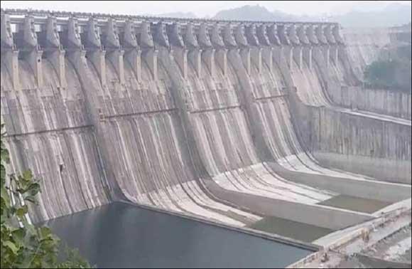 સરદાર સરોવર નર્મદા ડેમની સપાટીમાં વધારો : ઉપરવાસ માં વરસાદ બંધ થતાં પાણી છોડવાનું બંધ રખાયું
