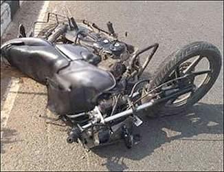 અમદાવાદના ઓઢવ સહીત હાથીજણમાં વાહનની ટક્કરથી ત્રણ યુવાનના મૃત્યુ સહીત બે યુવક ગંભીર રીતે ઈજાગ્રસ્ત
