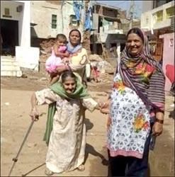 મેઘરજના પુંજાપૂરમાં ૧૦૫ વર્ષીય વૃદ્ધાએ મતદાન કર્યું : શતાયુ વૃદ્ધા સહિત અનેક વૃદ્ધો બન્યા યુવાનો માટે પ્રેરણા