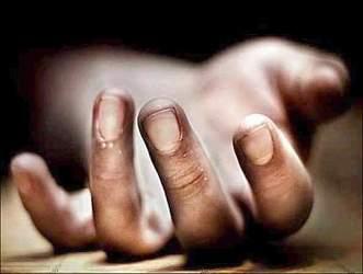 ગાંધીનગર શહેર નજીક શાહપુર બ્રિજ પાસેથી અજાણી મહિલાનો શંકાસ્પદ હાલતમાં મૃતદેહ મળી આવતા પોલીસે તપાસ હાથ ધરી