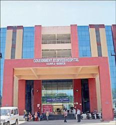 રાજપીપળા કોવિડ હોસ્પિટલમાં દાખલ દર્દીઓ સાથે એક દર્દીનો મૃતદેહ ચાર કલાક મૂકી રાખતા ભારે ઉહાપોહ