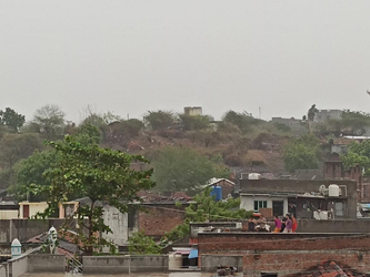 પાલીતાણાંથી મહુવા વચ્ચે નાની રાજસ્થળી ગામમાં સુસવાટા બંધ ભારે પવનથી વીજ પુરવઠાને અસર:રે વરસાદના ઝાપટાં ડરામણું વાતાવરણ