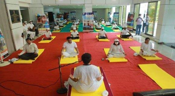 ગુજરાતની 6 મેડીકલ કોલેજમાં ટી.બી.થી સાજા થયેલા દર્દીઓ માટે યોગ કોર્સ શરૂ